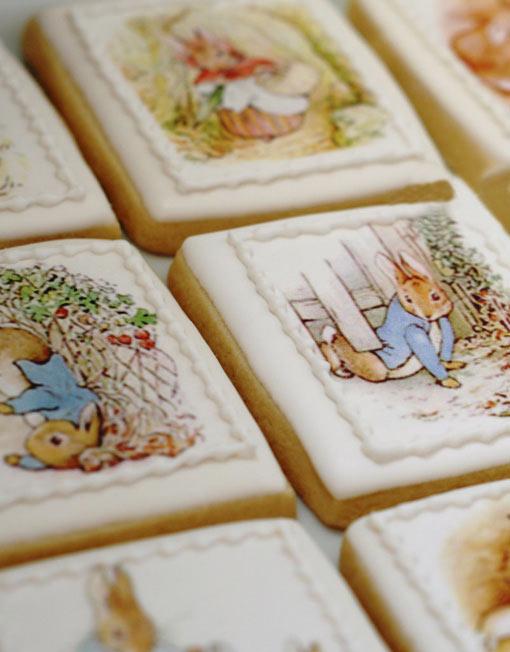 Alice in Wonderland edible playing card Cake & Cupcake ...