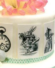 alice-in-wonderland-playing-cards-deco-icing-paper-black-and-white